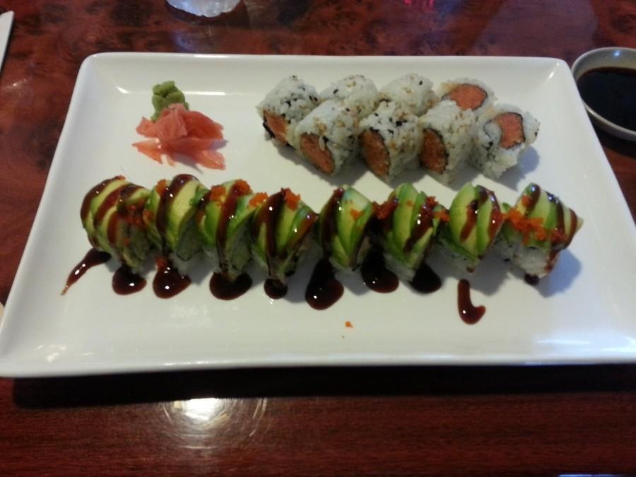 Spicy Tuna Roll & Dragon Roll