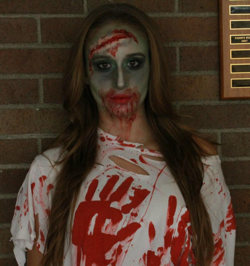 Amanda Najbar as a Zombie!