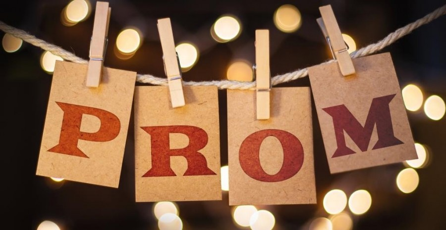 PROM+is+Coming%21