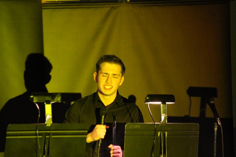 Antonio+performs+Love+by+Frank+SInatra