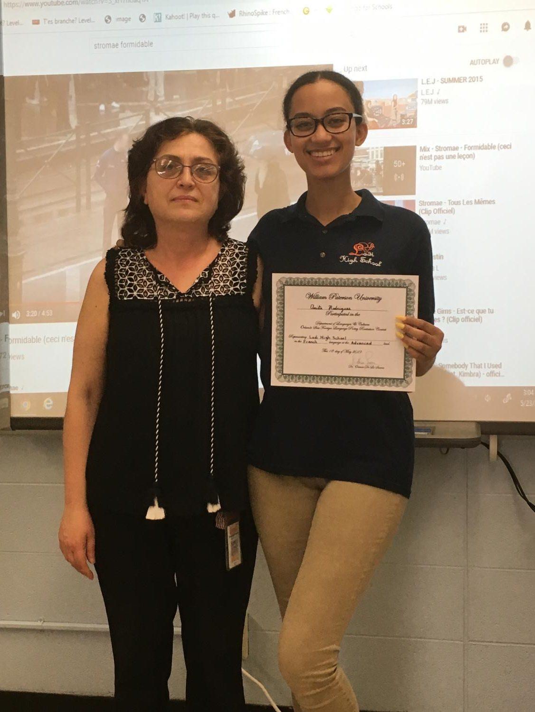 Anita+receiving+her+award
