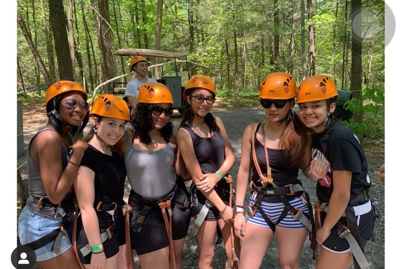 Group+of+friends+getting+ready+to+zipline+